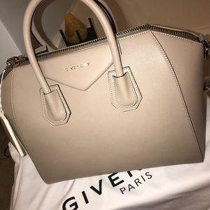Givenchy Antigona Handbag (MED) Brand New  w/Tags